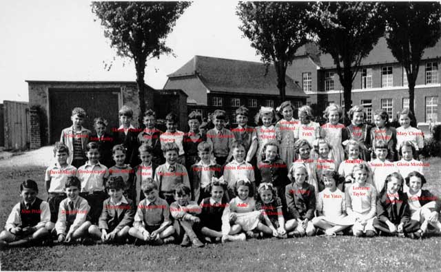 [Class 4 or 1 of Thorpe Primary School, Greenways in 1953 or 4]